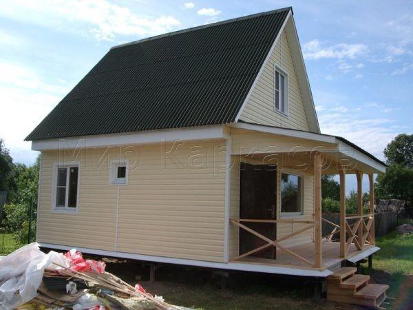 Дачный дом 6х6 с мансардой