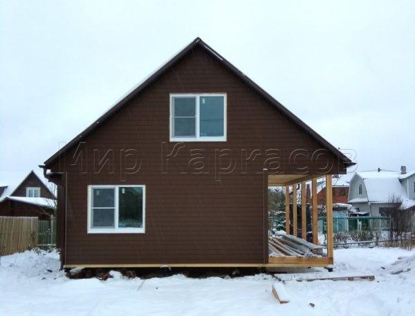 Каркасный дом с большой террасой